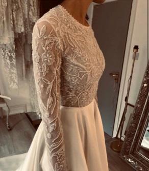 Cilla: Ivory Beaded Lace