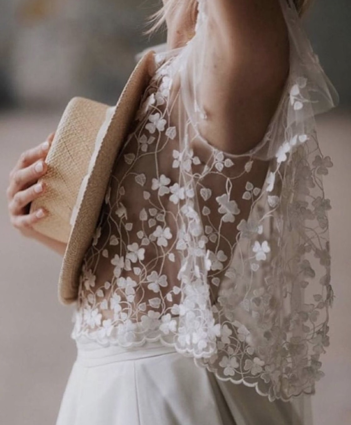 Catriona: Ivory 3D Embroidered Lace