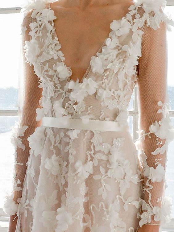 Porscha: Ivory Lace