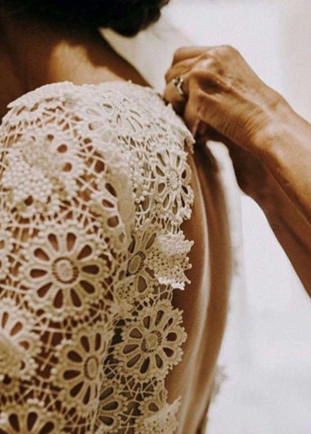 Vita: Ivory Guipure Lace