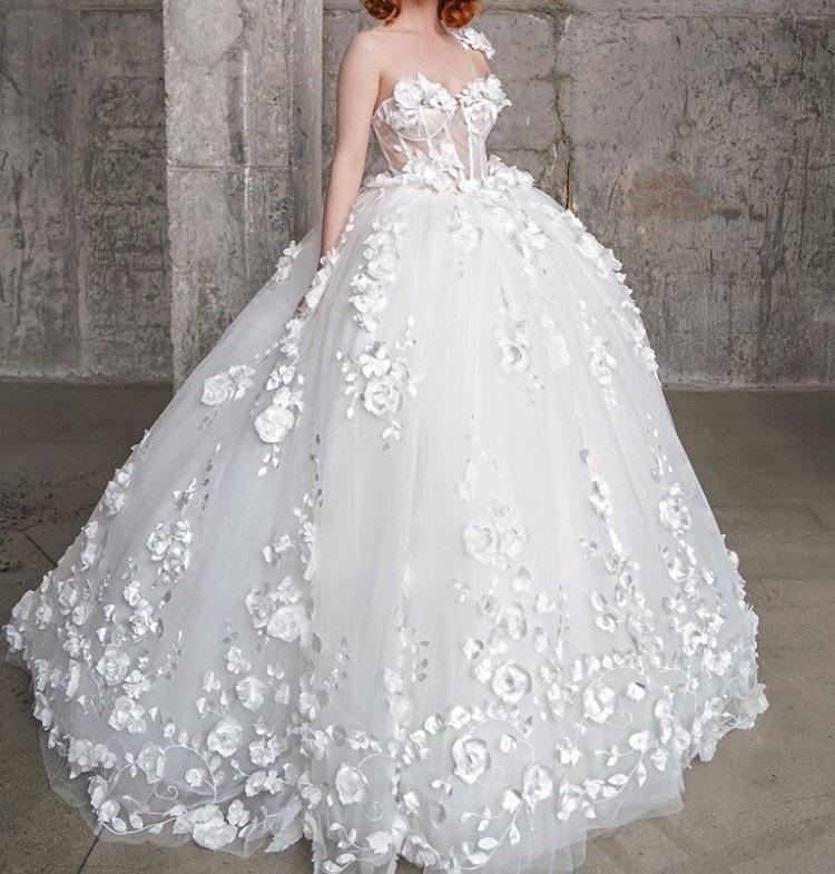 Wedding dress using ivory 3D flower ivory lace Rebecca 13
